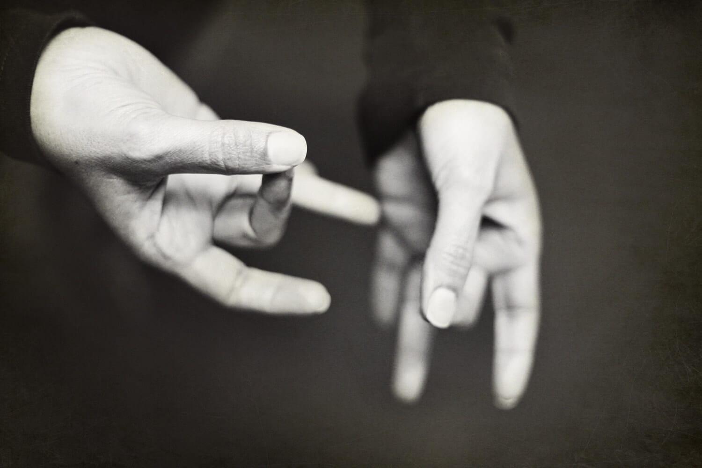 Les ateliers de signes associés à la parole - Parentescence